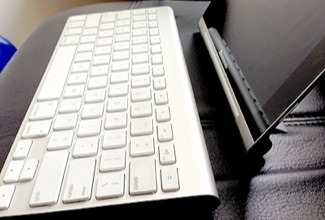Yoga TabletとApple Wireless Keyboardのスタイル